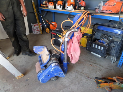 Floor sander (+belts)